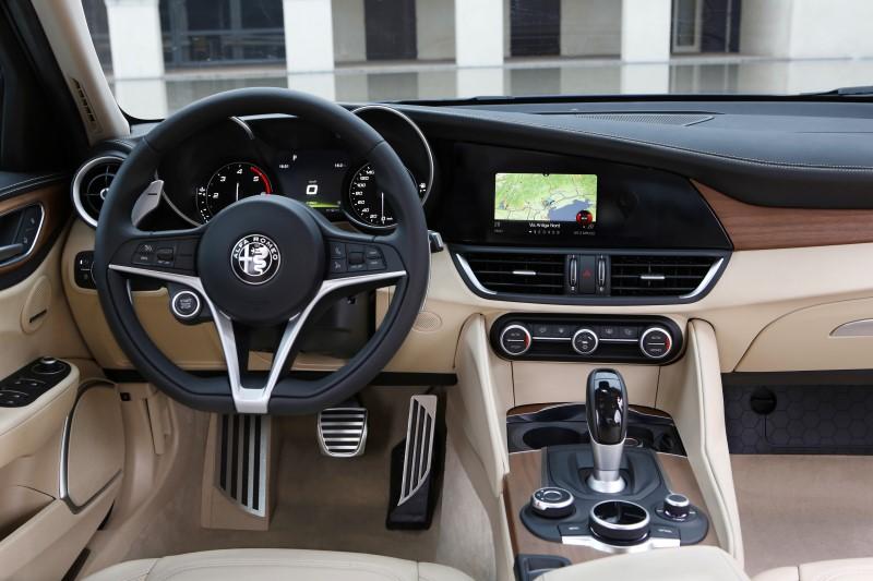 160510_Alfa-Romeo_Giulia_31