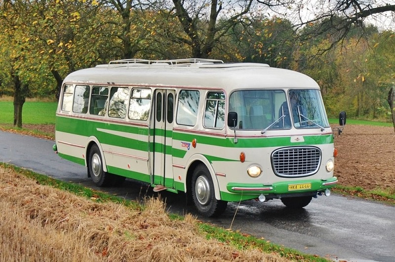 03-autobus-skoda-rto-706
