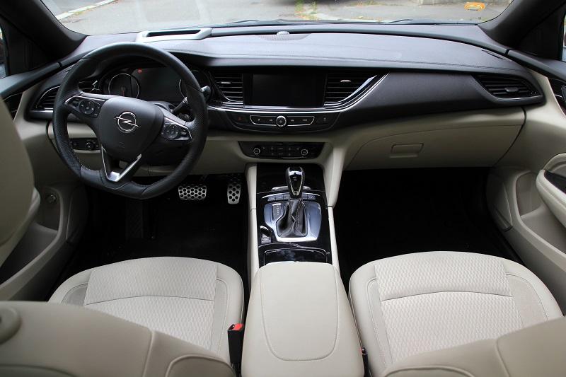 Balkánská odysea s Opelem Insignia