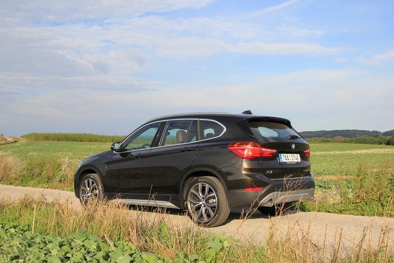 test BMW X1
