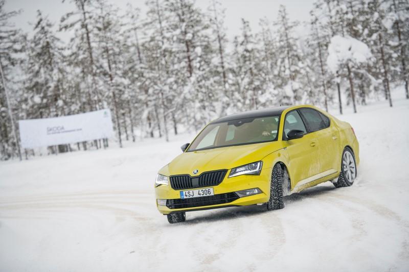 skoda_4x4-model-offroad-snow