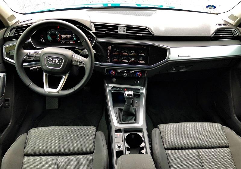 Audi Q3 interiér