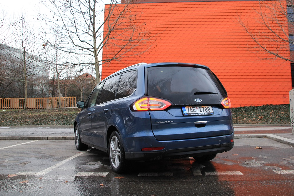 test MPV Ford Galaxy