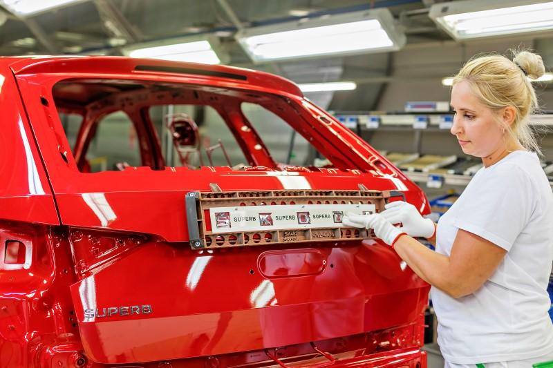 Škoda Superb PA, facelift, výroba
