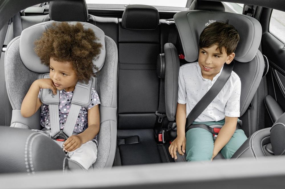 Důležité je vybrat autosedačku vhodnou pro danou výšku a váhu dítěte. Dualfix M iszie a Kidfix III M.