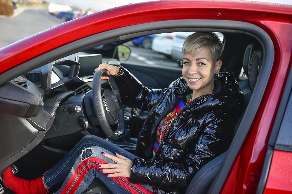 Veronika Petrů otestovala Peugeot 208
