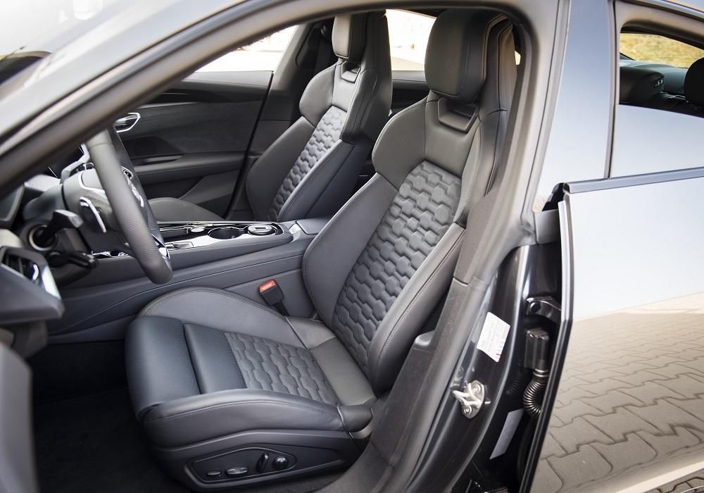Audi_e-tron_GT_43