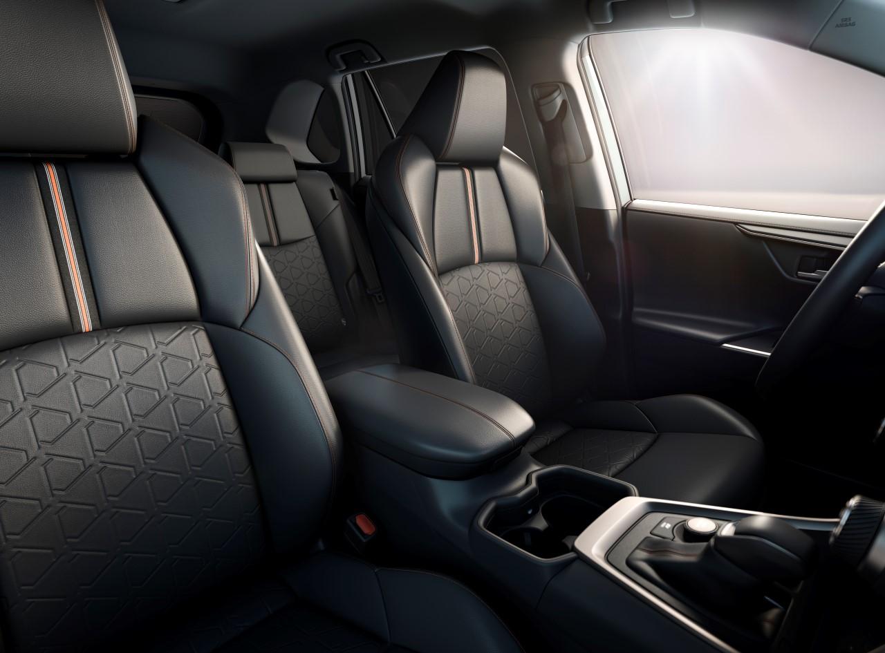 RAV4_PR_Interior_Seats_3