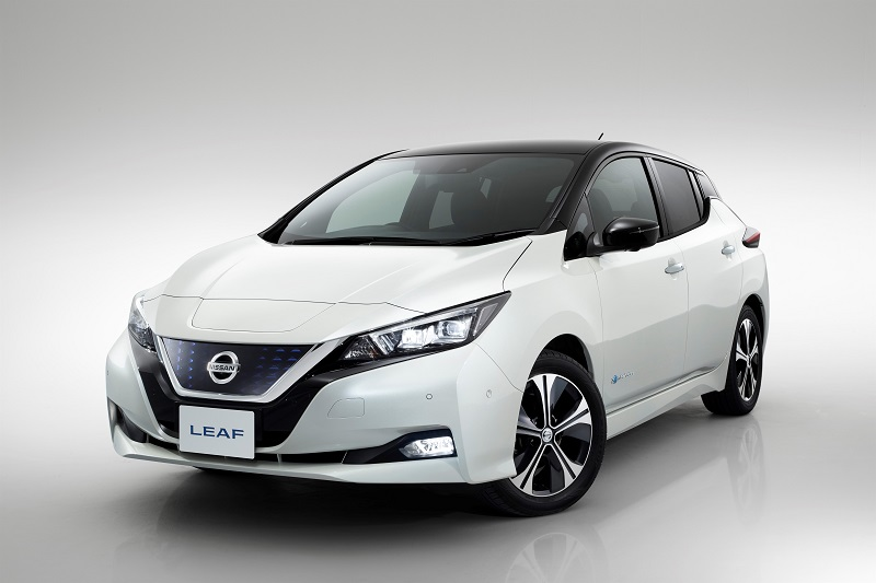 426201830_Nissan_fuses_pioneering_electric_innovation_and_ProPILOT_technology_to