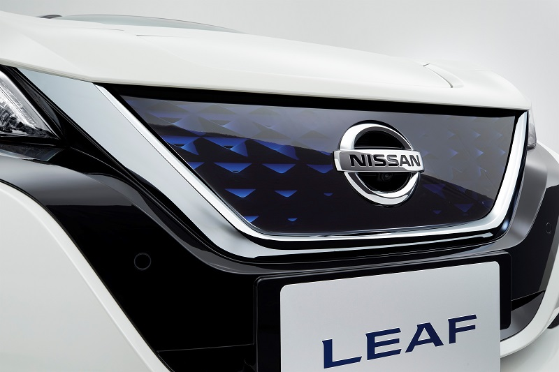 426201840_Nissan_fuses_pioneering_electric_innovation_and_ProPILOT_technology_to