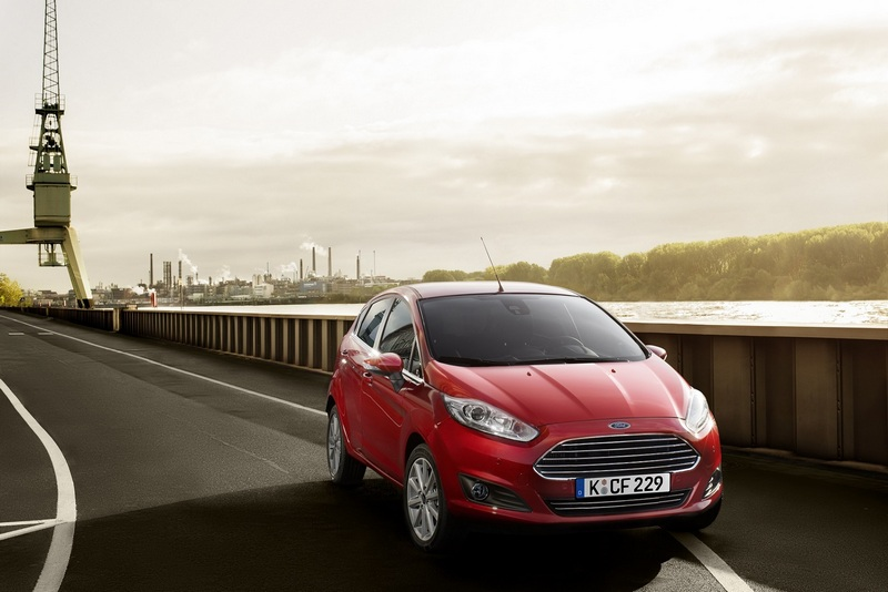 <a class='otherlink' href='https://www.zenavaute.cz/category/vse-o-me-znacce-auta/ford/'>Ford</a> Fiesta is now available in three new colours – Magnetic, Candy Red and Silver Silk; offers styling, equipment and comfort upgrades <a class='otherlink' href='https://www.zenavaute.cz/category/vse-o-me-znacce-auta/ford/'>Ford</a> sells 88,155 Fiesta models during first quarter 2015, Europe's best-selling small car *  Fiesta ECOnetic model is most fuel-efficient Fiesta ever, now equipped with 1.5-litre TDCi diesel engine to achieve 3.2 l/100 km and 82 g/km ** <a class='otherlink' href='https://www.zenavaute.cz/category/vse-o-me-znacce-auta/ford/'>Ford</a> extends range of Fiesta models available with 140 PS 1.0-litre EcoBoost engine Fiesta Red and Black Edition also now available with 125 PS version of the 1.0litre EcoBoost petrol engine and with a 1.5-litre TDCi diesel engine