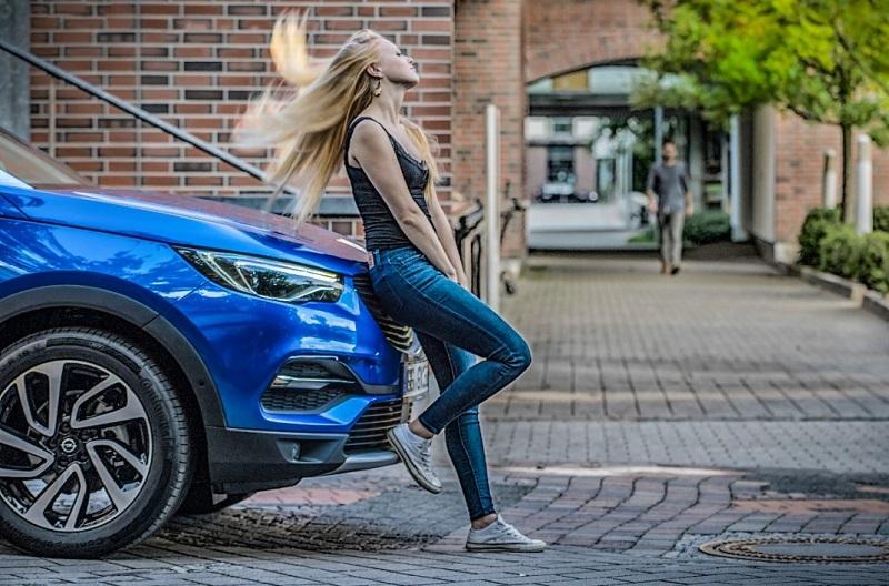 Opel-Grandland-X-500068