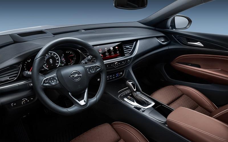 Opel-Insignia-304064