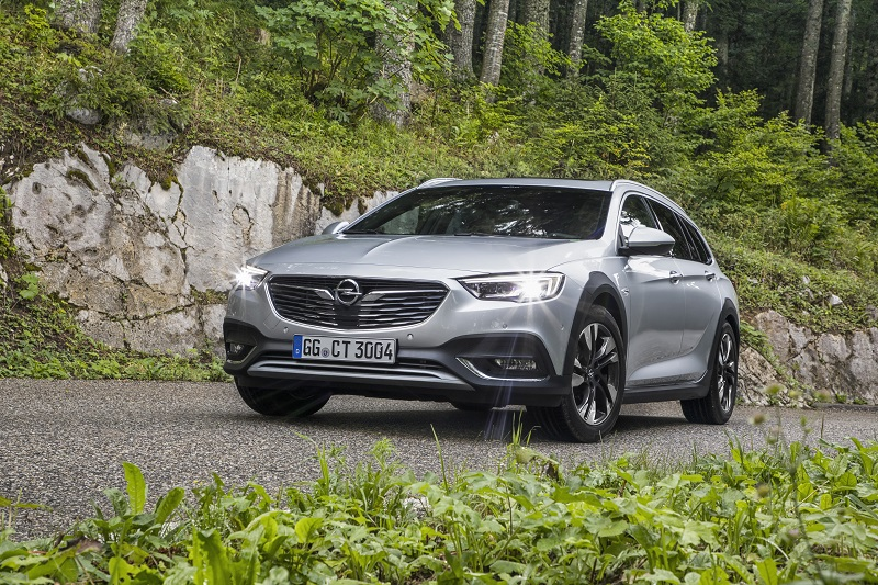 Opel premieres at IAA