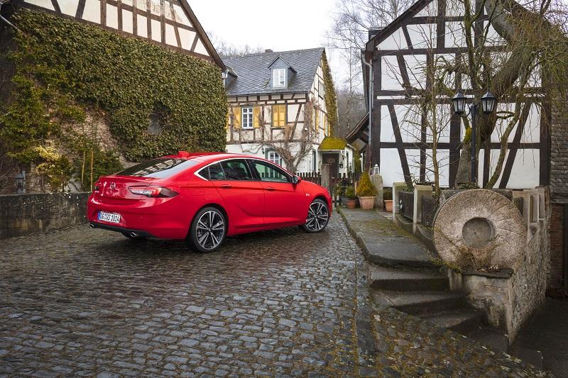 Opel-Insignia-Grand-Sport-305543