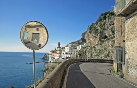 U90_03_amalfi_road