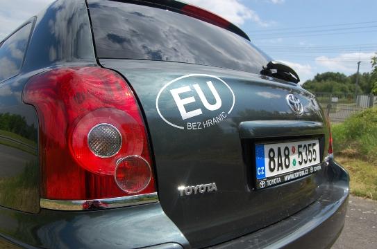 U90_T.Avensis01(5)