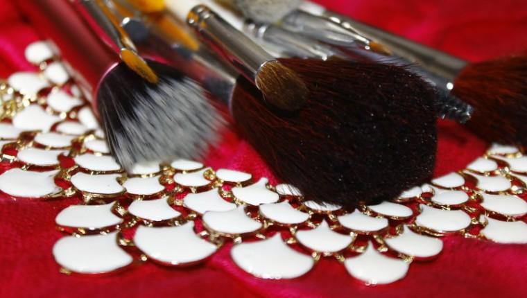 makeup-brush-548178_1280